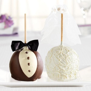 bride_and_groom_gourmet_apples_jumbo