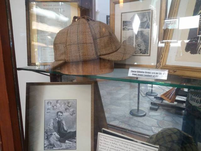 William Gillette hat